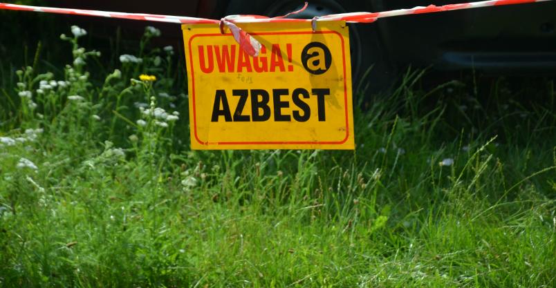 Ratusz wraca do akcji usuwania azbestu – mieszkańcy mogą liczyć na dofinansowanie
