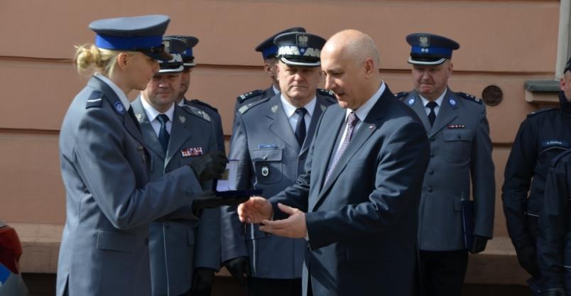 Minister Brudziński przekazał klucze do nowego posterunku policji w Świerzawie (FOTO)