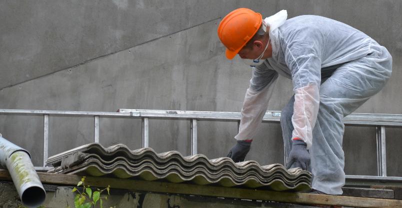 Wilcza pozbywa się azbestu