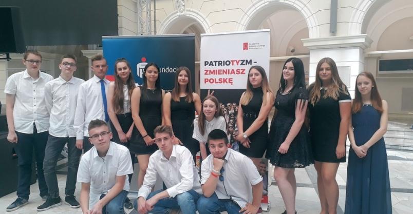 Złotoryjska młodzież uczyła dorosłych angielskiego. To jeden z najlepszych projektów w Polsce