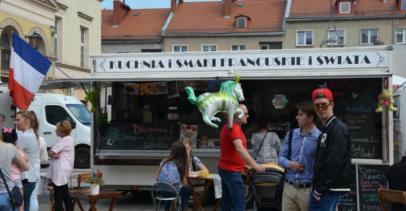 Food trucki wracają na złotoryjski Rynek!