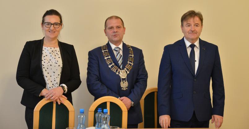 Z problemami, ale radni wybrali w końcu szefa rady miejskiej (FOTO)
