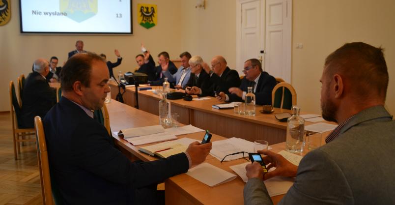 Przewodniczący komisji już znani – zostali wybrani przyciskami