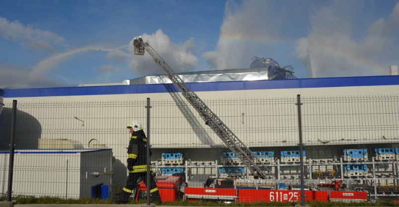 Był wybuch w Borgersie! Zakład się pali (FOTO, WIDEO)
