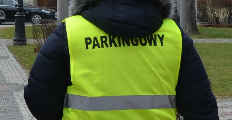 Kto chce sprawdzać bilety parkingowe? Praca czeka