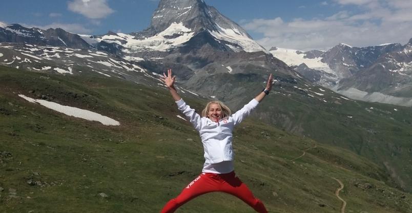Bieg z Matterhornem w tle