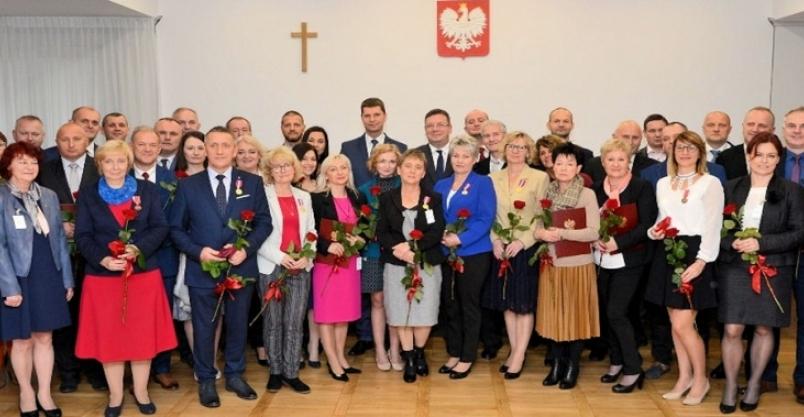 Pedagodzy z Jerzmanic-Zdroju z nagrodami ministra