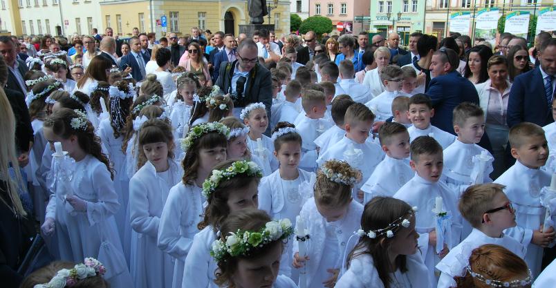 Złotoryjska parafia przełożyła uroczystości pierwszokomunijne