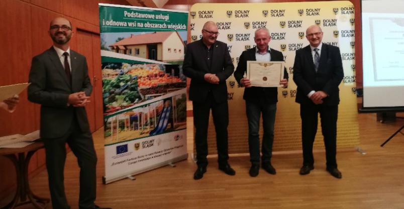 Wójtowie przywieźli z Wrocławia obietnice na milion złotych