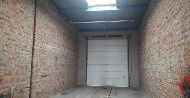 Budynek garażowy złotoryjskiej straży pożarnej czeka na budowlańców